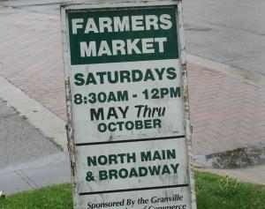 photo of sign for Saturday Farmer's Market in Granville Ohio