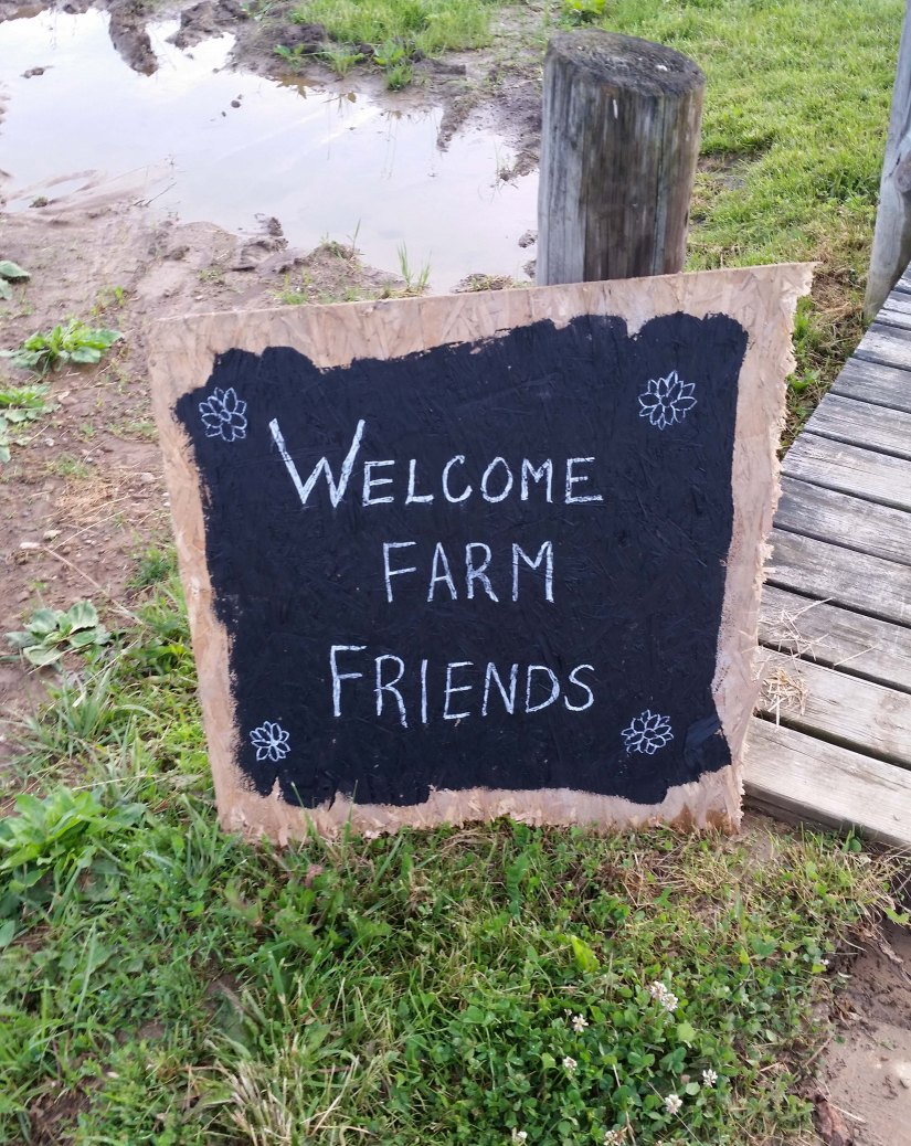 photo of welcome sign at farm to table dinner